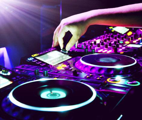 DJ für Hochzeit in Tirol