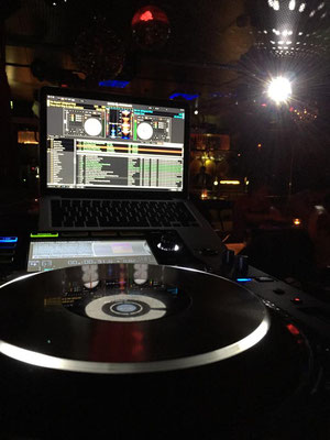 HOH DJ Team am Pult