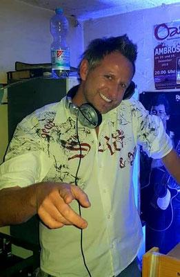 Fred C Gitarre und DJ