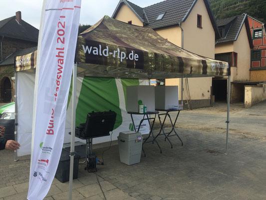 Die Bundestags-Wahl gab es auch noch, dioch im Ahrtal sind viele ganz woanders ...