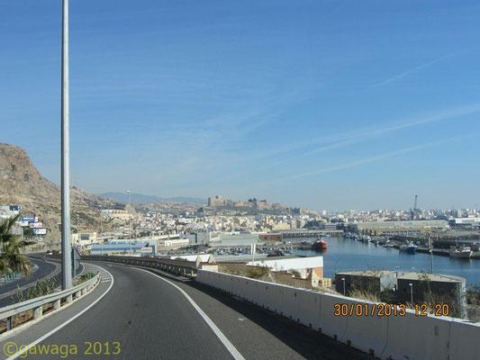 Almería Hafen und Alcazaba