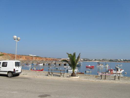 der kleine Hafen von Sagres