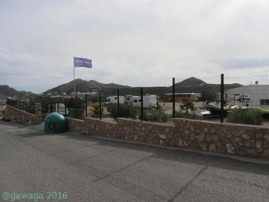Einfahrt zu Platz El Rancho