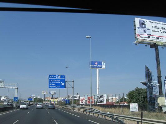 auf die Autobahn in Richtung Huelva und Portugal