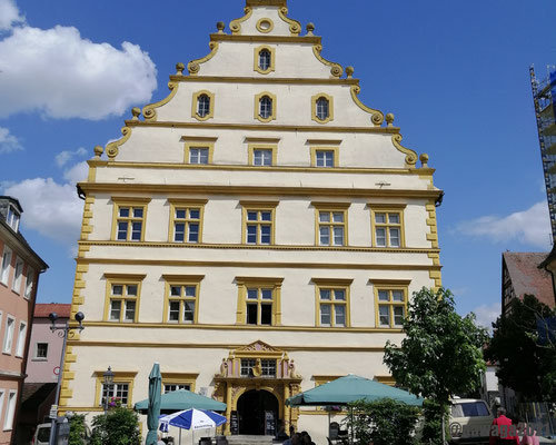 das Seinsheimer Schloss im Mittelpunkt der Altstadt