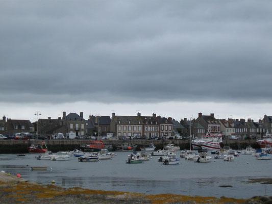 der kleine Hafen von Barfleur