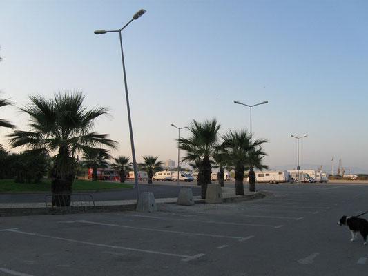 Parkplatz an der Marina von Portimao