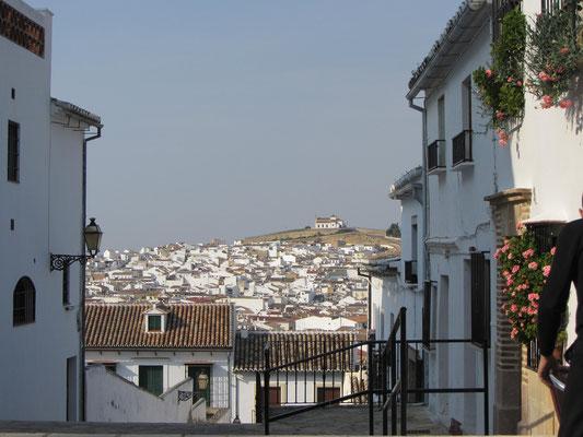 Ermita de la Veracruz auf einem Hügel vor der Stadt