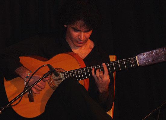 Bino Dola, live in Burbach im März 2009