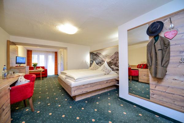 eines der neu renovierten Doppelzimmer im Hotel Sonnenbichl