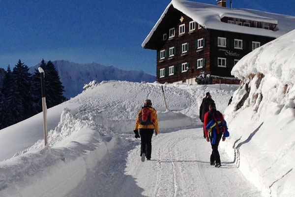 Der Höhenweg nach Baad, Winterwandern im Kleinwalsertal