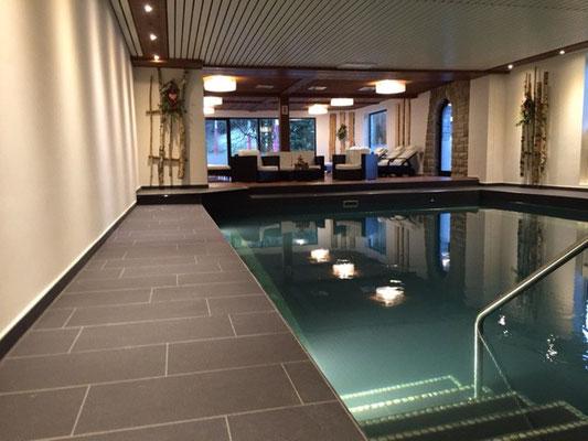 Das Schwimmbad im Hotel Sonnenbichl, Langenwang Schneeschuhwandern mit Wege zum Sein