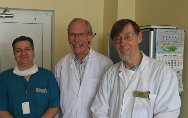Dr. Trillsch (Mitte)