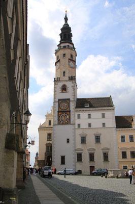 Rathaus mit Freitreppe und Verkündkanzel und der Justizia, Sitz des Ratsgerichts. Hier wurde im Viertelstundentakt geheiratet, heute