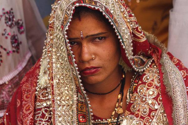 2012 Indien - glückliche Braut