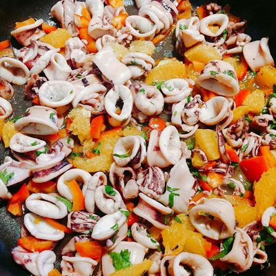 Calamari-Salat mit Orangen