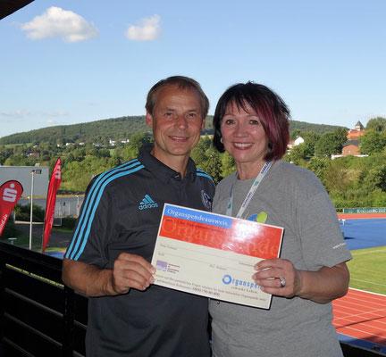 Olaf Thon, Fussballer
