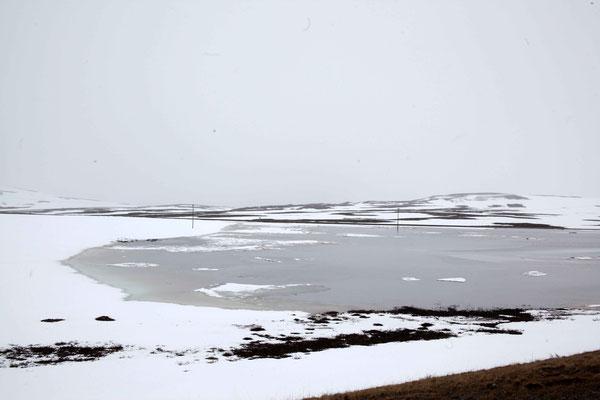Die Seen waren noch zugefroren