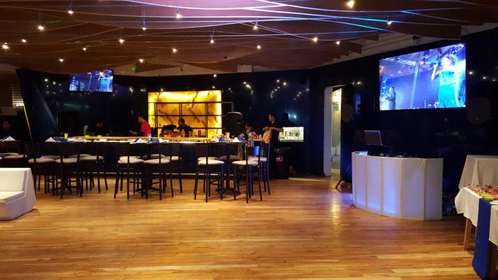dj para fiestas en salón Marejada conexión de pantallas para vdj