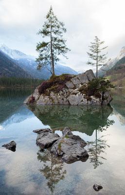 Urlaub in Deutschland: Der Hintersee in Berchtesgaden zählt nicht zu unrecht zu den meistfotografierten deutschen Seen auf Instagram. Dieser Ort ist einfach magisch. (c) Salomé Weber