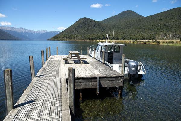 Bootsanlegestelle am Lake Rotorua, Neuseeland (c) Salomé Weber