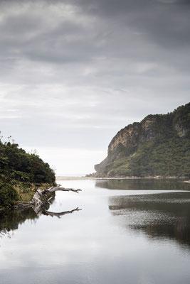 """Der """"Kohaihai River Mouth"""" sieht wunderschön aus, ist aber wegen starken Strömungen nicht zum Schwimmen geeignet."""