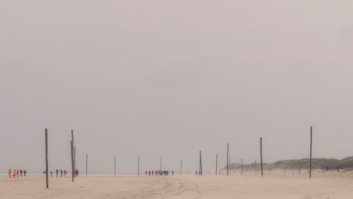 Pfähle am Strand von Wangerooge Deutschland
