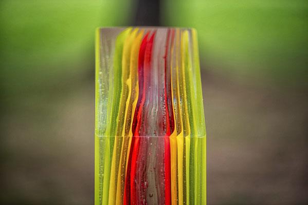 Schichten-aus Glas-farbig