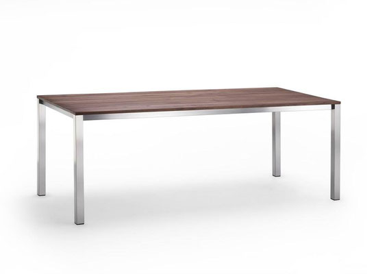 Belluve mit Tischplatte 20mm Massivholz Nussbaum