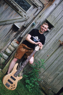 Max Ehrhardt --- (Bass)