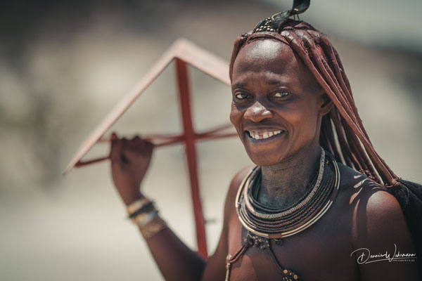 himba women red drum kaokoveld, faces of namibia
