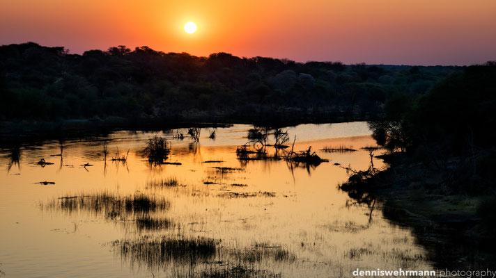 sundown boteti river | meno a knewa | botswana 2014