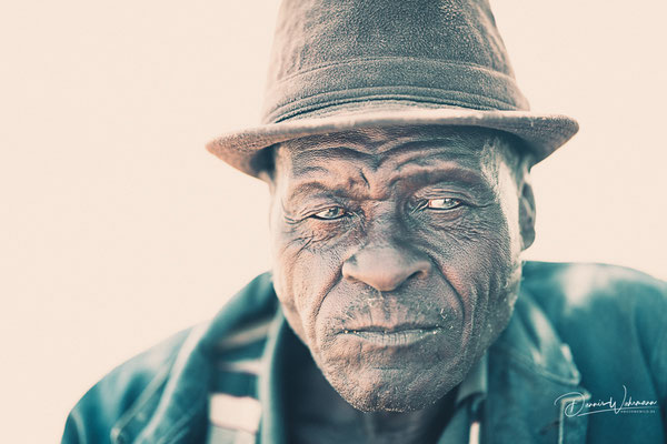 herero man kaokovled, faces of namibia
