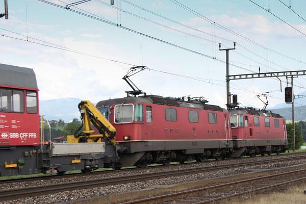 Re 4/4, 11182, Oberrüti (05.07.2013) ©pannerrail.com