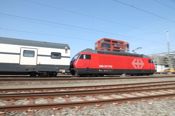 "Re 460 048-2 ""Züri Wyland"", Rotkreuz (27.05.2017) ©pannerrail.com"