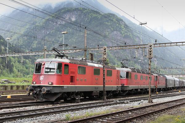 Re 4/4, 11275, Erstfeld (11.05.2013) ©pannerrail.com