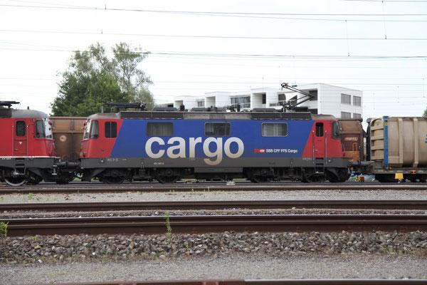 Re 4/4, 11387 (421 387-2 Cargo), Rotkreuz (18.07.2013) ©pannerrail.com