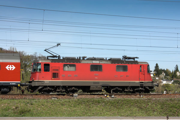 Re 4/4, 11264, Killwangen (06.04.2011) ©pannerrail.com