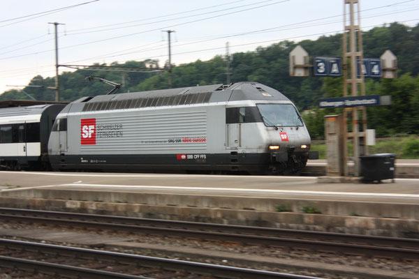 """Re 460 107-6 """"Schweizer Fernsehen"""", Killwangen, 03.06.2011 (©pannerrail.com)"""