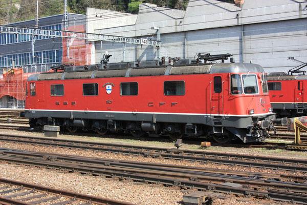 "Re 6/6 11627 ""Luterbach-Attisholz"", Bellinzona (06.08.2011) ©pannerrail.com"