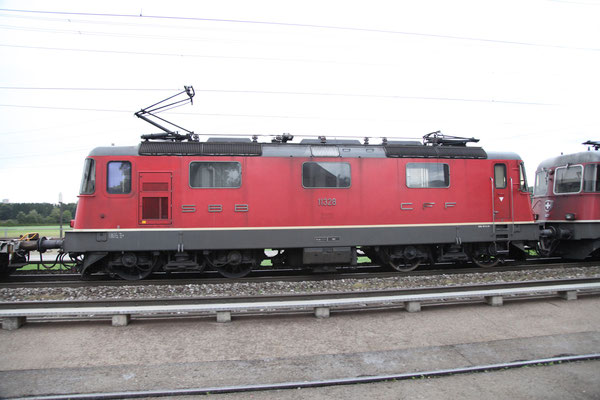 Re 4/4, 11328, Oberrüti (18.09.2013) ©pannerrail.com