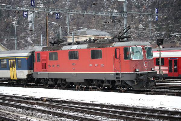 Re 4/4, 11214, Brig (03.01.2014) ©pannerrail.com