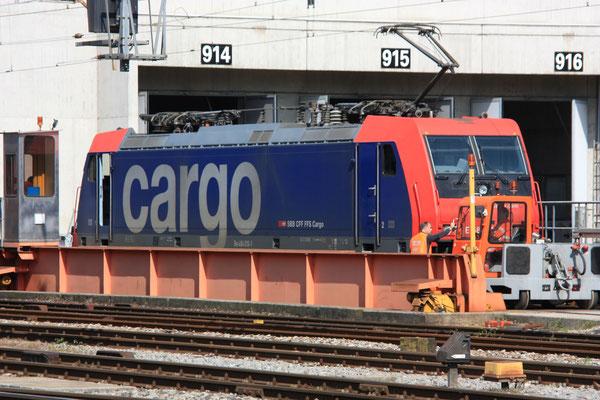 SBB Re 484 016-1, Bellinzona (19.04.2010) ©pannerrail.com