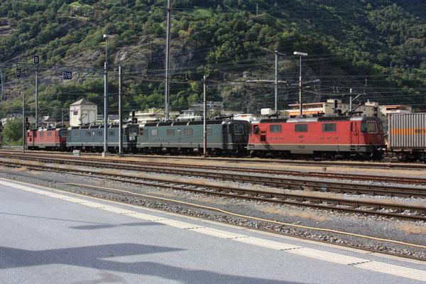 """Re 6/6 11662 """"Reuchenette-Péry"""", Brig (31.08.2011) ©pannerrail.com"""