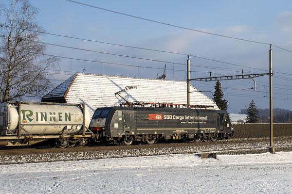 MRCE Dispolok BR 189 ES 64 F4-082 (SBB Cargo International), Sins (14.02.2021) ©pannerrail.com