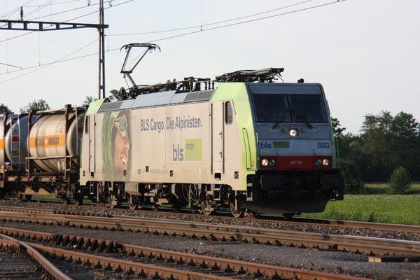 BLS Re 486 503, Oberrüti (23.06.2010) ©pannerrail.com
