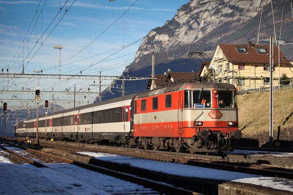 Re 4/4, 11109, Amsteg-Silenen (17.12.2013) ©pannerrail.com