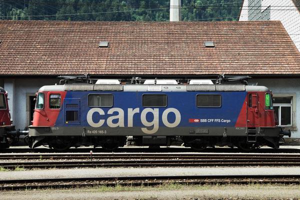 Re 4/4, 11165 (420 165-3 Cargo), Erstfeld (03.08.2013) ©pannerrail.com