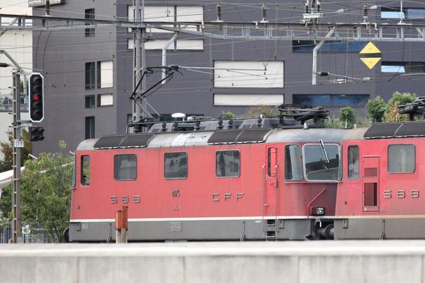 Re 4/4, 11174, Rotkreuz (20.09.2013) ©pannerrail.com