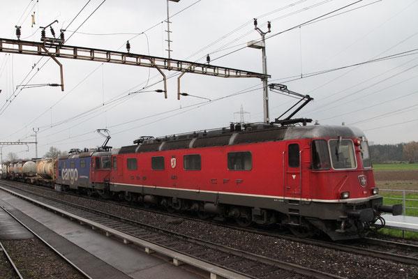 "Re 6/6 11673 ""Cham"", Oberrüti (16.04.2012) ©pannerrail.com"